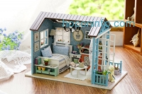 ihocon: Flever Dollhouse Miniature DIY House Kit Creative Room With Furniture for Romantic Gift (Forest Time)迷你模型屋