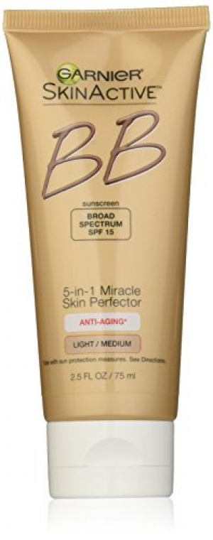 ihocon: Garnier SkinActive 霜老保濕BB Cream Anti-Aging Face Moisturizer, Light/Medium, 2.5 fl. oz.