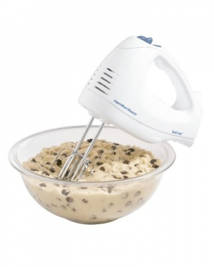 ihocon: Hamilton Beach 62682RZ Hand Mixer with Snap-On Case, White 手持電動攪拌機/打蛋器