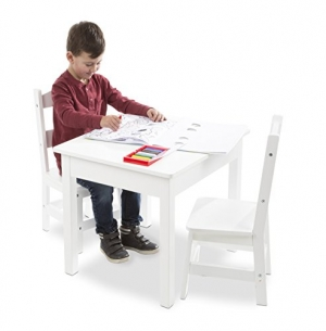ihocon: Melissa & Doug Wooden Table and Chairs Set 兒童木製桌椅