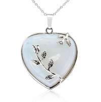 ihocon: STERLING SILVER OPAL HEART NECKLACE WITH ROSE ACCENTS, 18 INCHES純銀蛋白石項鍊