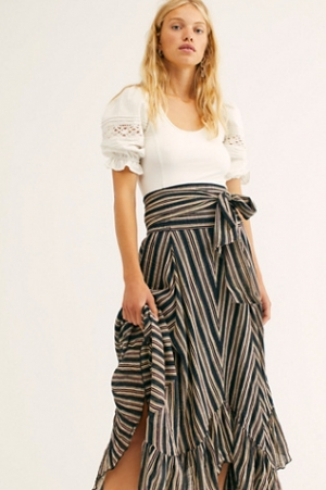 Free People: up to 70% off + 免運