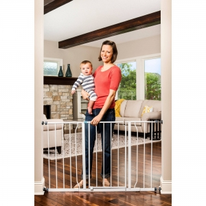 ihocon: Regalo Extra Wide Step Through Baby Gate, 29-50 with Extensions兒童安全柵門