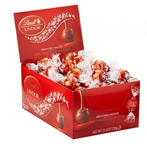 ihocon: Lindt LINDOR Milk Chocolate Truffles, Kosher, 60 Count Box, 25.4 Ounce  牛奶巧克力