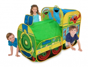 ihocon: Playhut Sesame Street Express Train Play Tent 芝麻街火車遊戲帳