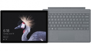 ihocon: Surface Pro + Platinum Signature Type Cover Bundle