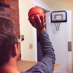ihocon: Franklin Sports Over the Door Mini-Basketball Hoop 門上迷你籃球框