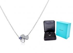 ihocon: Tiffany & Co. Paper Flowers Diamond and Tanzanite Flower Pendant 鑽石項鍊
