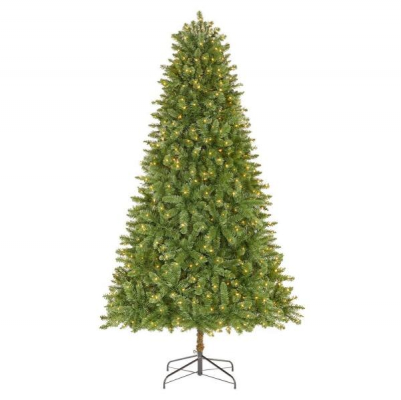 ihocon: Home Accents Holiday 7.5 ft Fenwick Pine LED Pre-Lit Artificial Christmas Tree with 700 Warm White Micro Dot Lights 含燈聖誕樹