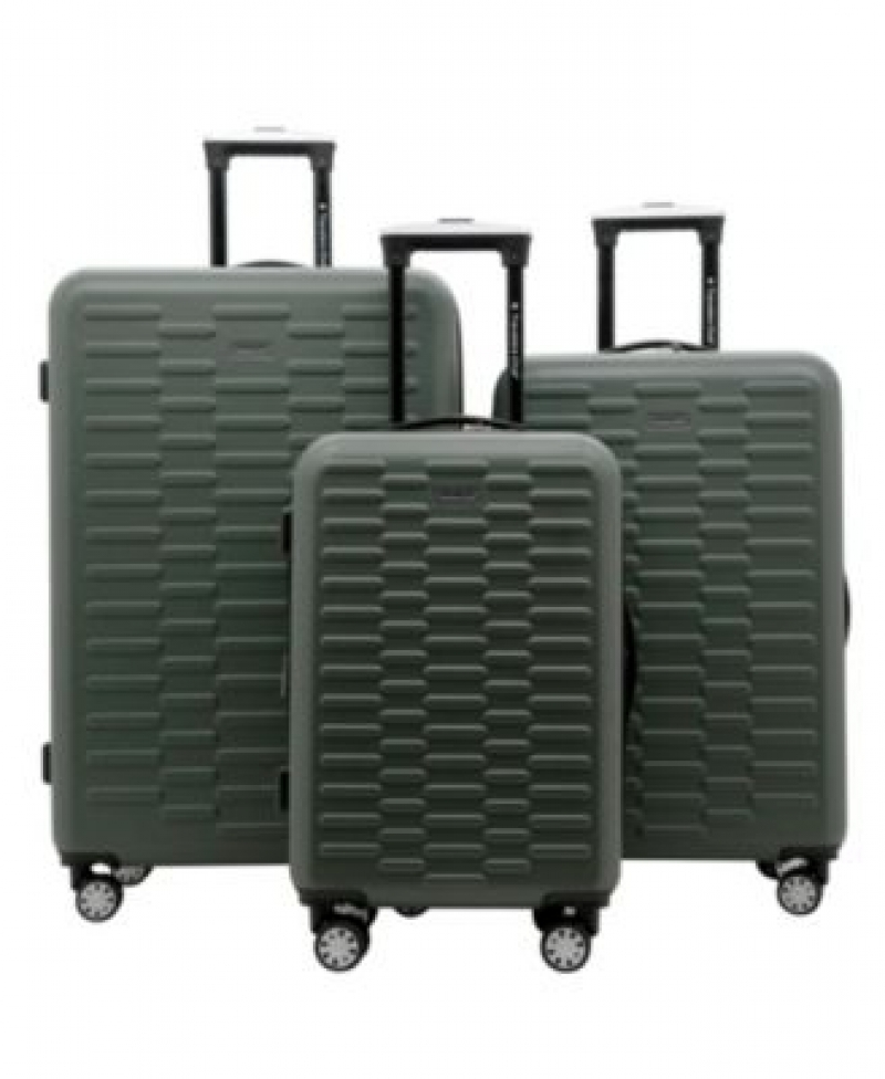 ihocon: Travelers Club 3-Pc. Shannon Spinner Expandable  Luggage Set 硬殼行李箱-多色可選