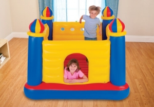 ihocon: Intex Inflatable Colorful Jump O Lene Kids Ball Pit Castle Bouncer for Ages 3-6 兒童充氣彈跳城堡