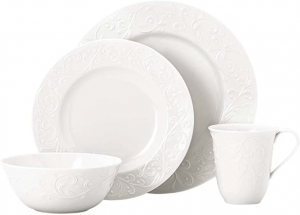 ihocon: Lenox Opal Innocence Carved 4-piece Place Setting, 4.95 LB, White  餐盤組