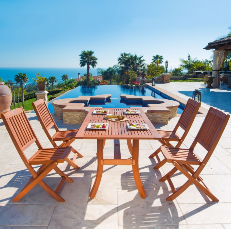 ihocon: Malibu Outdoor 5-piece Wood Patio Dining Set with Curvy Leg Table & Folding Chairs 木製庭院餐桌椅