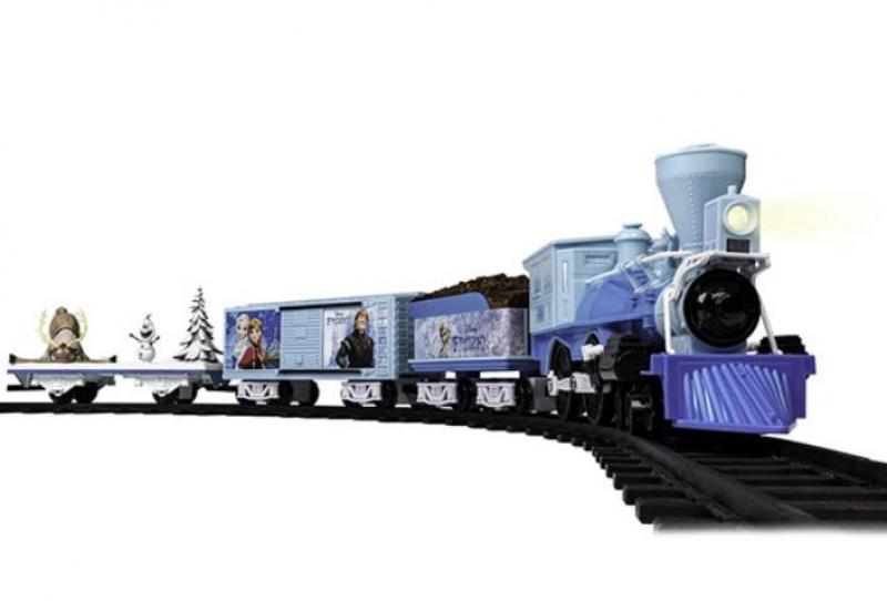 ihocon: Lionel Disney's Frozen Battery-Powered Model Train Set Ready to Play 冰雪奇緣電動火車