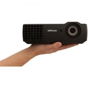 [今日特賣] InFocus 2400-Lumen 3D DLP 投影機 $399(原價$799)