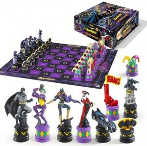 ihocon: The Batman Chess Set (The Dark Knight vs The Joker) 蝙蝠俠棋