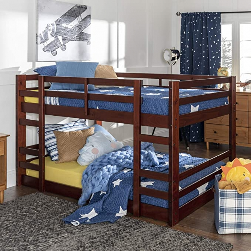 ihocon: Walker Edison Alexander Classic Solid Wood Stackable Jr Twin over Twin Bunk Bed 雙層床