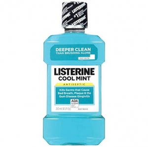 ihocon: Listerine Cool Mint Antiseptic Oral Care Mouthwash to Kill 99% of Germs, Cool Mint Flavor, 250 mL 抗菌漱口水
