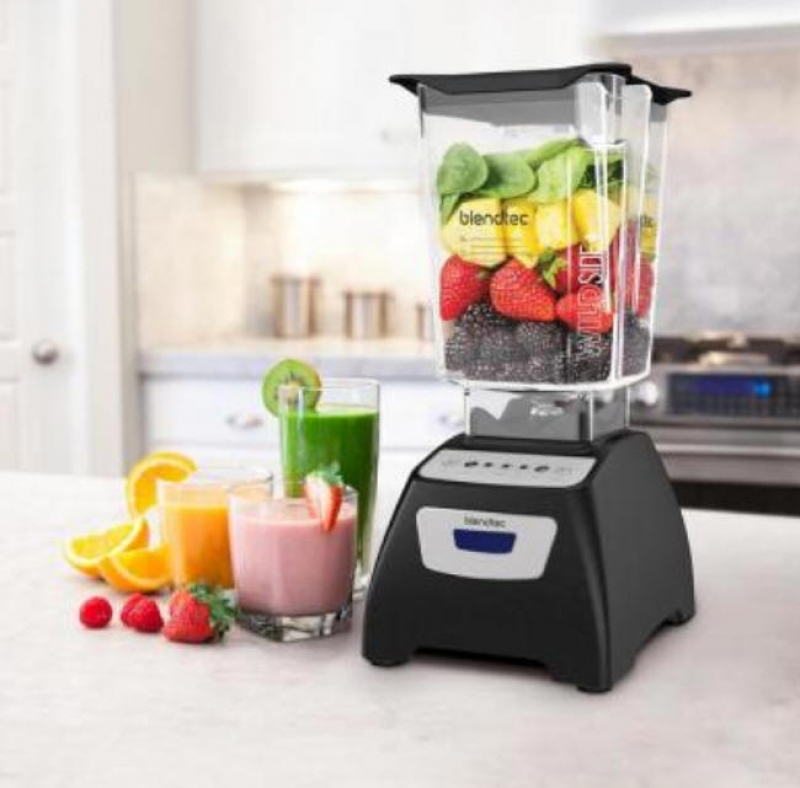 ihocon: Blendtec Classic 570 90 oz. 3-Speed, Pulse and 2-programmed buttons Black Blender 食物調理機