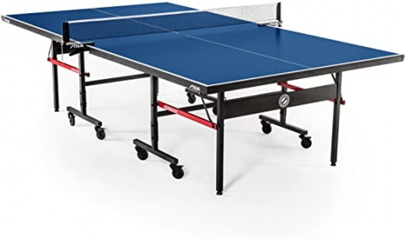 ihocon: STIGA Advantage Competition-Ready Indoor Table Tennis Table with Easy Attach and Remove Net乒乓球桌含球網