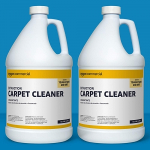 ihocon: AmazonCommercial Extraction Carpet Cleaner, 1-Gallon, 2-Pack 地毯清潔劑