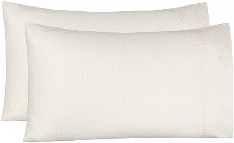 ihocon: Amazon Basics Light-Weight Microfiber Pillowcases - 2-Pack, King, Yellow Scallop  枕套-2個