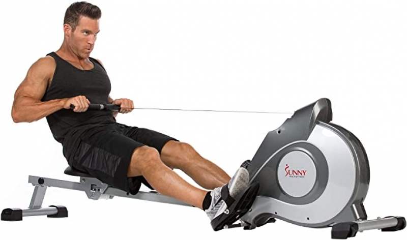 ihocon: Sunny Health & Fitness Magnetic Rowing Machine Rower w/ LCD Monitor 磁性划船機