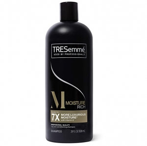 ihocon: TRESemmé Moisturizing Shampoo For Hydrated Hair Moisture Rich Formulated With Vitamin E 28 oz 保濕洗髮精