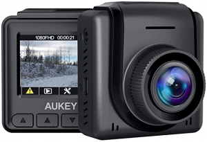 ihocon:  Aukey 1080p Full HD Mini Dash Camera with 1.5 LCD Screen  行車記錄儀1080全高清行車記錄器