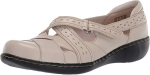 ihocon: CLARKS Women's Ashland Spin Q Loafer 女士樂福鞋