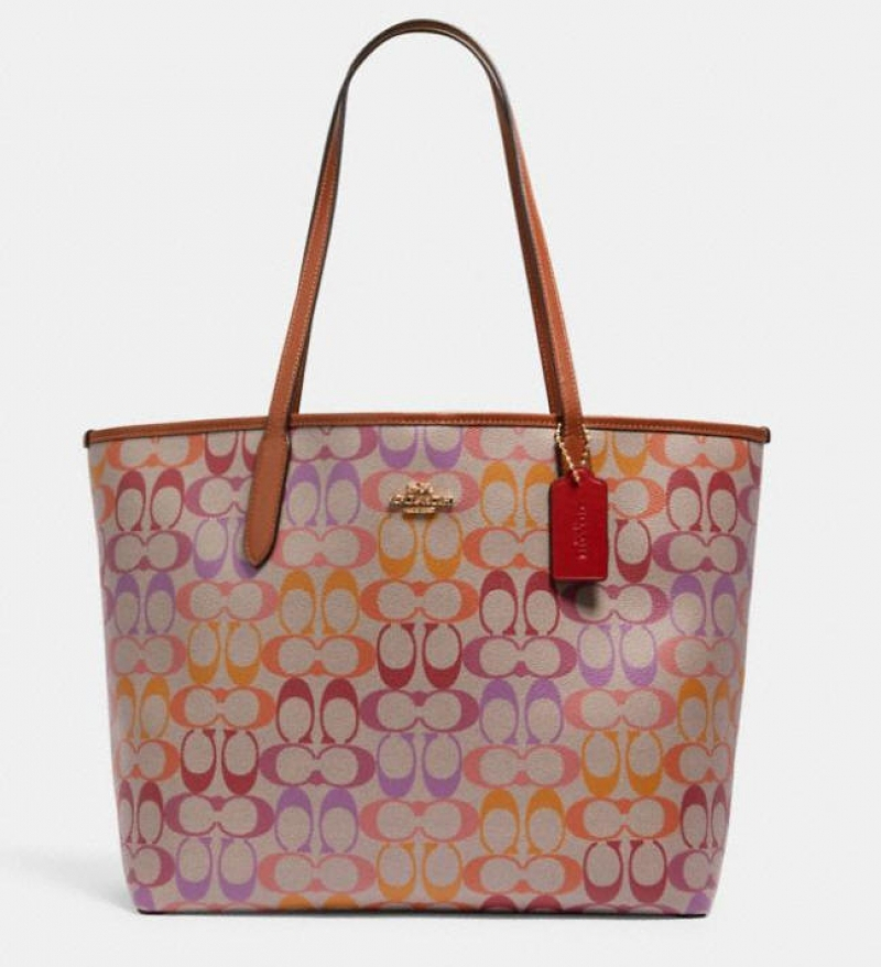 ihocon: Coach city tote in rainbow signature canvas 彩虹托特包