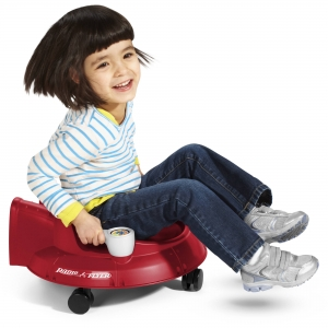 ihocon: Radio Flyer Spin 'N' Saucer, Caster Ride-on for Kids兒童扭扭車