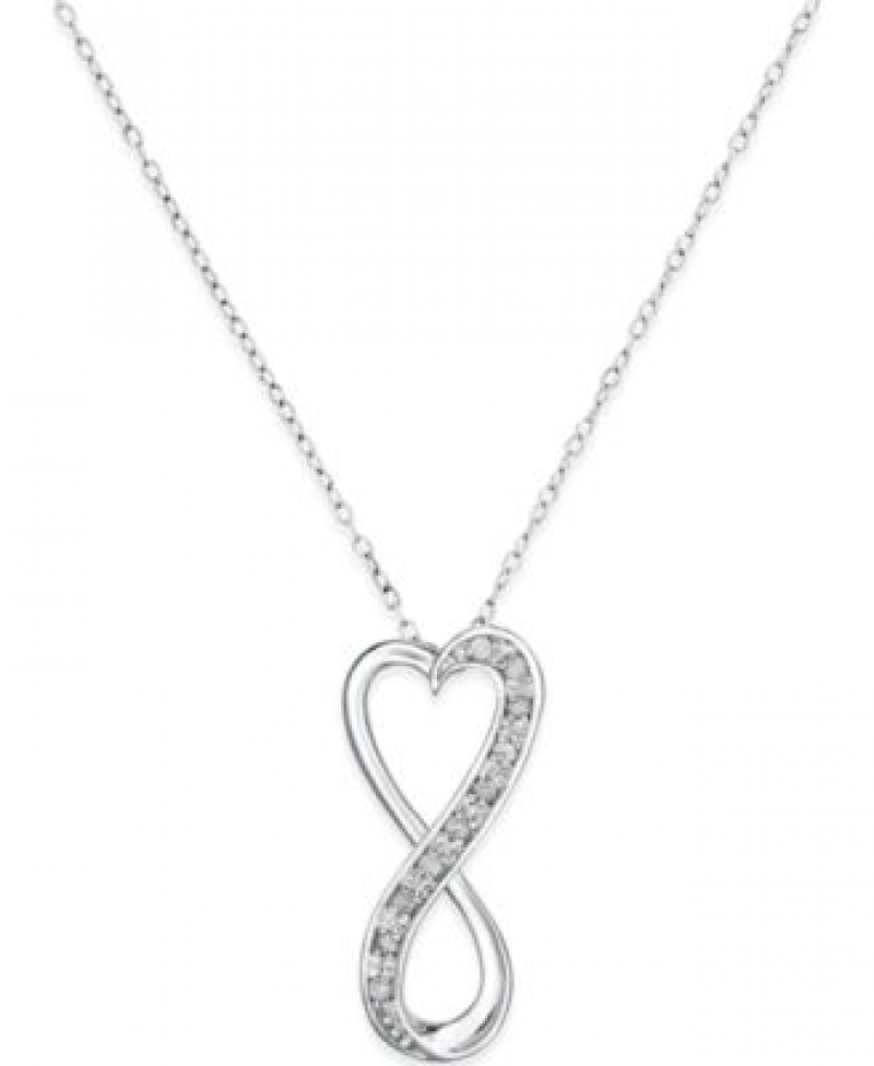 ihocon: Macy's Diamond Infinity Heart 18 Pendant Necklace in Sterling Silver (1/10 ct. t.w.) 純銀1/10克拉鑽石項鍊