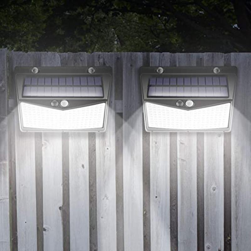ihocon: One Fire LED Outdoor Solar Flood Light with Motion Sensor (Pack of 2) 太陽能動作感應室外燈