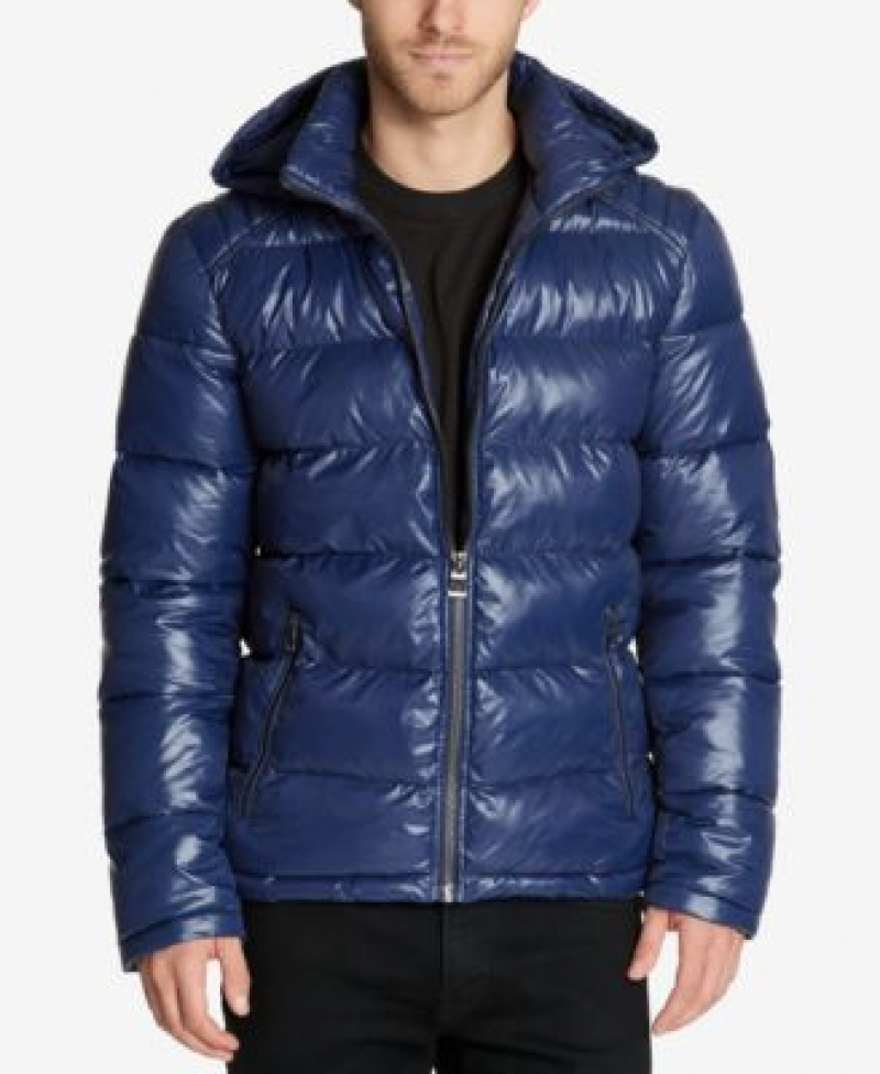ihocon: GUESS Men's Hooded Puffer Coat 男士連帽夾克-多色可選