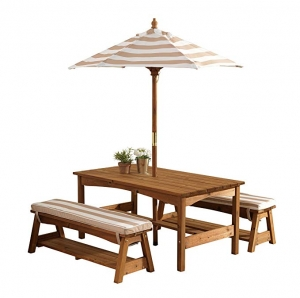 ihocon: KidKraft 00 Outdoor Table and Bench Set with Cushions and Umbrella 戶外桌椅含遮陽傘