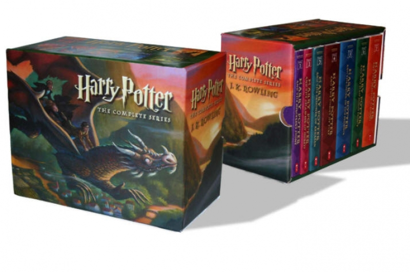 ihocon: Harry Potter Paperback Box Set (Books 1-7) 哈利·波特1-7全集