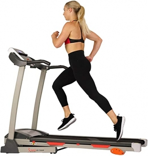 ihocon: Sunny Health & Fitness Folding Treadmill with Device Holder, Shock Absorption and Incline 折疊跑步機