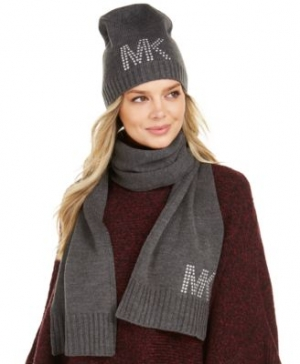 ihocon: MICHAEL Michael Kors 2-pc Scarf & Hat Set    圍巾和帽子-多色可選