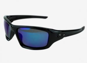 ihocon: Oakley Men's Valve Polarized Sunglasses 男士偏光太陽眼鏡