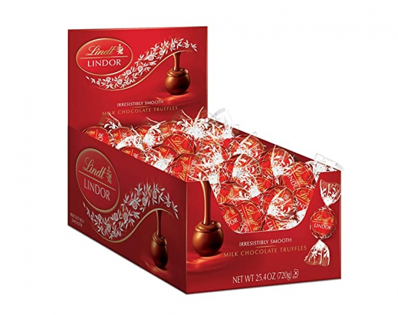 ihocon: Lindt LINDOR Milk Chocolate Truffles, 25.4 oz, 60 Count  牛奶巧克力60粒