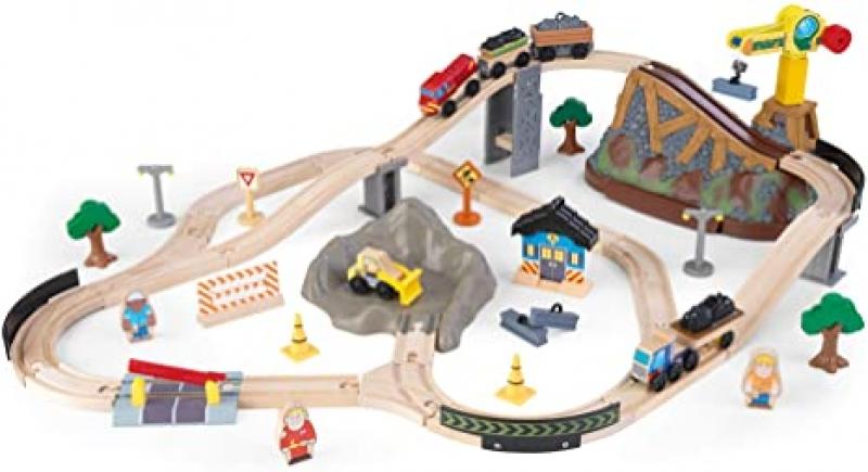 ihocon: KidKraft Bucket Top Construction Train Set, 61-Piece 木製火車組