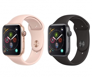 ihocon: Apple Watch Series 4 (GPS, 44mm) Space Gray Aluminium Case with Black Sport Band