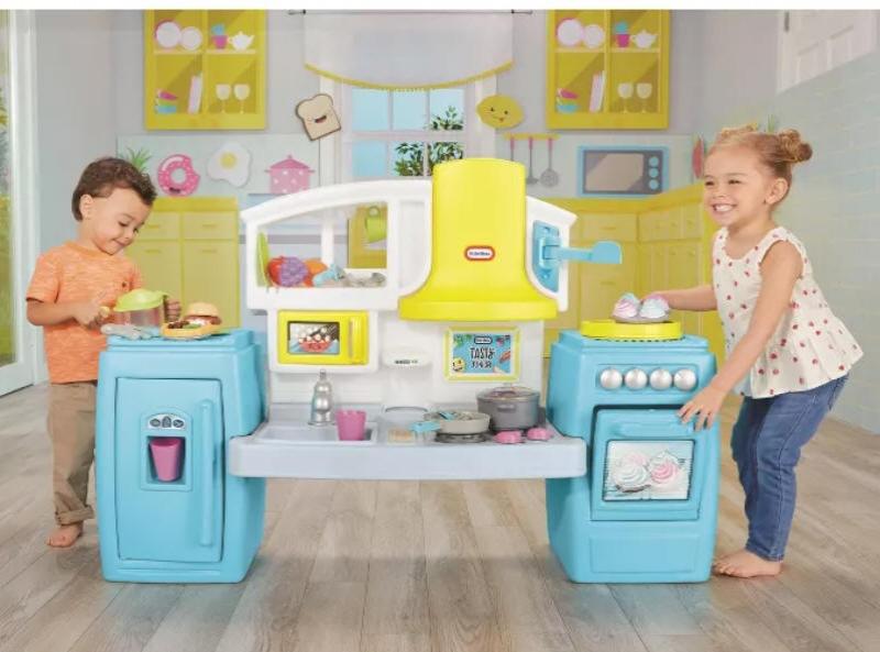 ihocon: Little Tikes Tasty Jr. Bake 'n Share Role Play Kitchen and Activity Set 兒童廚房玩具