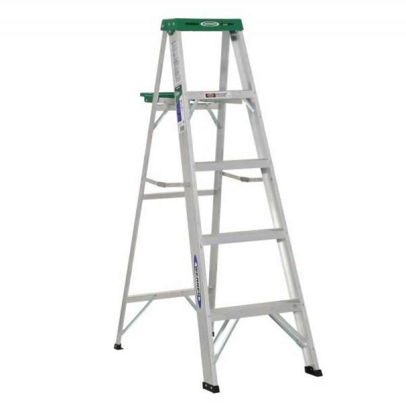 ihocon: WERNER 5 ft. Aluminum Step Ladder with 225 lb. Load Capacity Type II Duty Rating  鋁梯 (負載up to 225磅)
