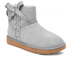 ihocon: UGG® Classic Lace-Up Mini Boot 經典繫帶迷你靴 - 2色可選