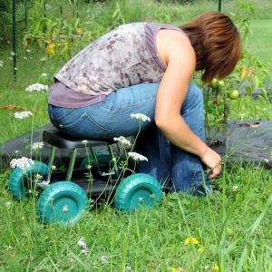 ihocon: Pure Garden Rolling Garden Work Scooter w/ Tool Tray 園藝椅
