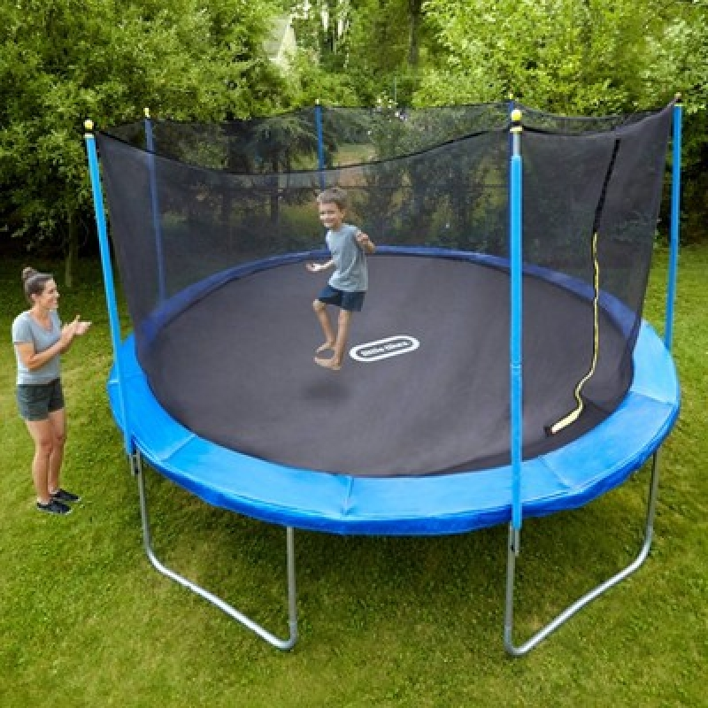 ihocon: Little Tikes Mega 15' Trampoline 大型彈跳床/蹦床