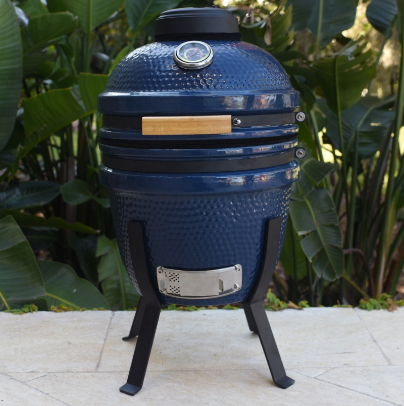 ihocon: Lifesmart 15 Blue Kamado Ceramic Grill Value Bundle Includes Electric Starter Cooking Stone and Cover  陶瓷燒烤爐