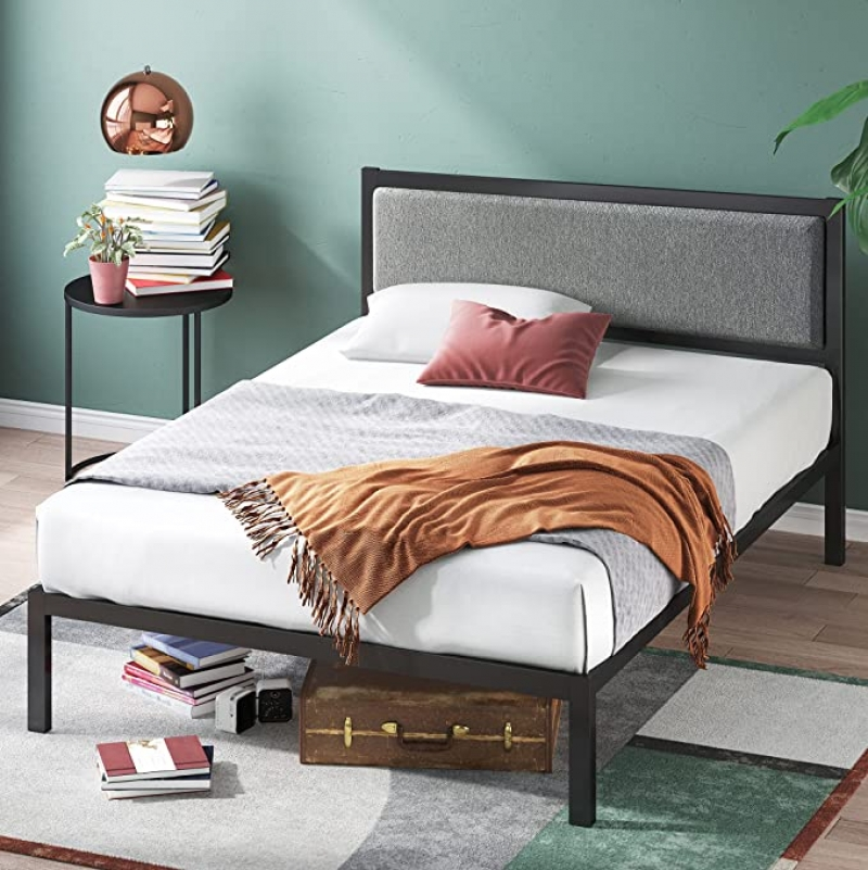 ihocon: Zinus 14 Inch Platform Metal Bed Frame with Upholstered Headboard / Mattress Foundation / Wood Slat Support, King  金屬床架, 含軟墊床頭板